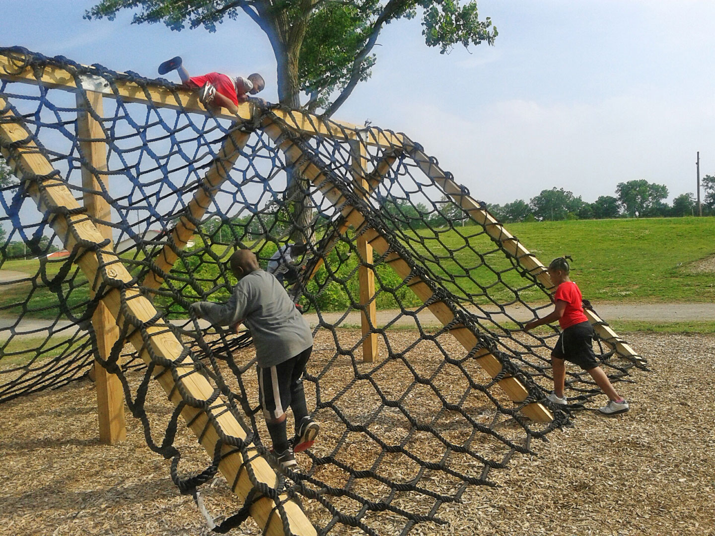 Cargo crawl at obstacle course in Scioto Audubon