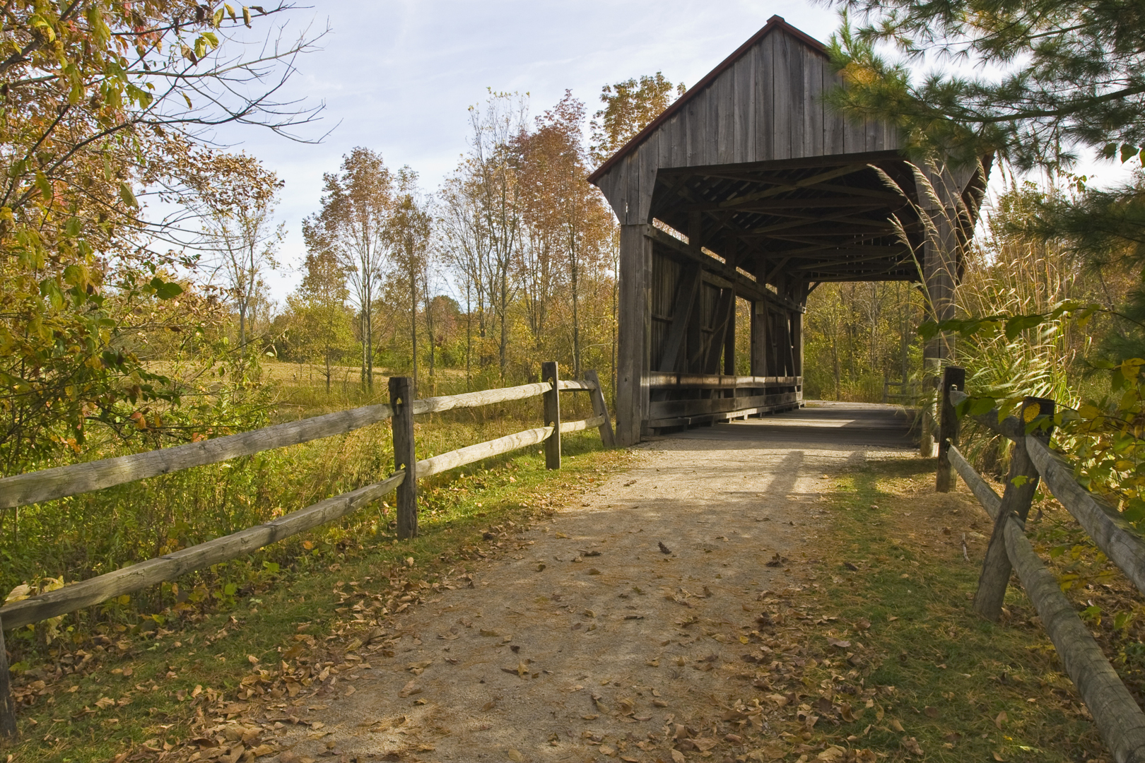 Front on view of the covered bridge at Slate Run Metro Park.