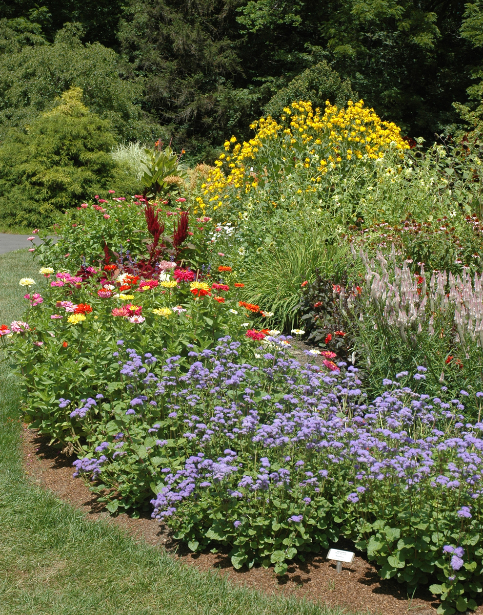 The cutting garden with blooms at Inniswood Metro Gardens