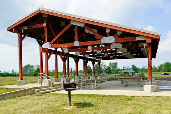 Prairie view picnic area shelter at Prairie Oaks Metro Park